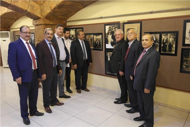 Tarsus Girit Türkleri Kültür ve Dayanışma Derneği sergi açtı