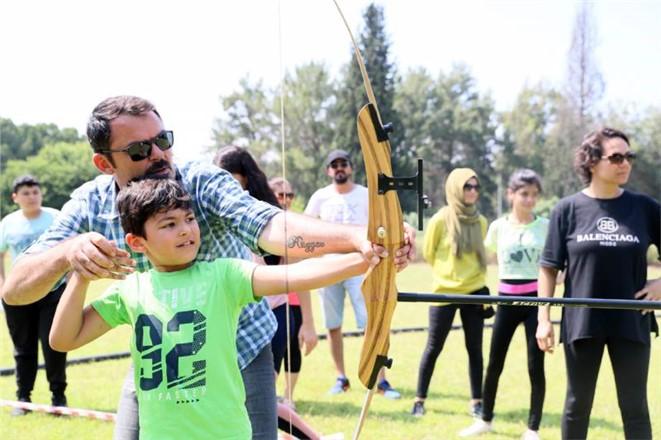 Gençlik Kampı'nda Babalar Günü Kutlaması