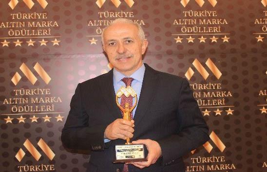 Akdeniz Belediye Başkanı Muhammed Mustafa Gültak'a ödül