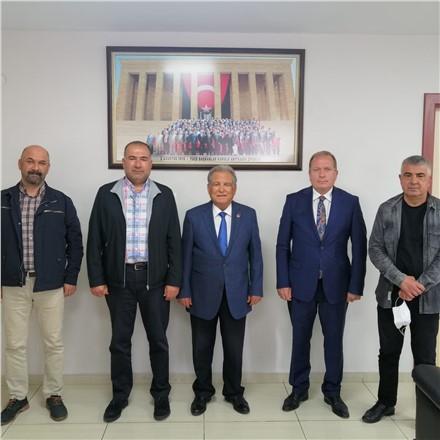TADER Başkanı Semih Özsu ve Yönetim Kurulu Üyeleri TÜED Genel Mali Sekreteri, Türkiye Emekliler Derneği Tarsus Şube Başkanı Ömer Kurnaz'ıziyaret ederekbaşarı dilediler.